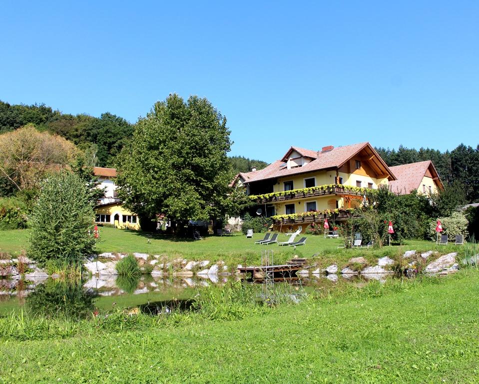 Hotel-Lagler-Kukmirn-Schwarz-Bau